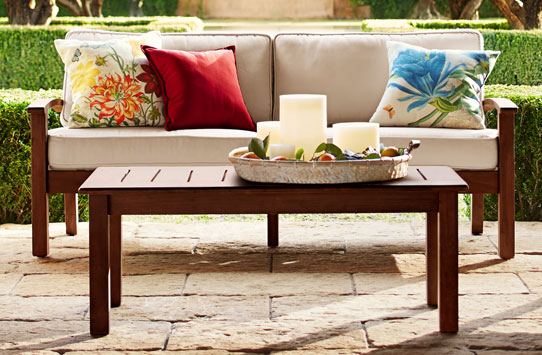 Outdoor Side Tables Amp Outdoor Coffee Tables Pottery Barn