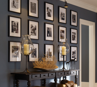 creating a frame gallery for your living room_1