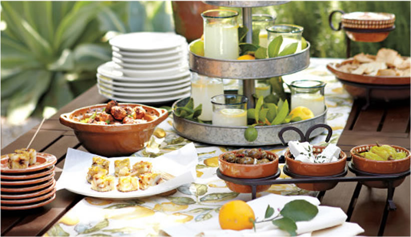 how-to-host-a-mediterranean-tapas-party_1
