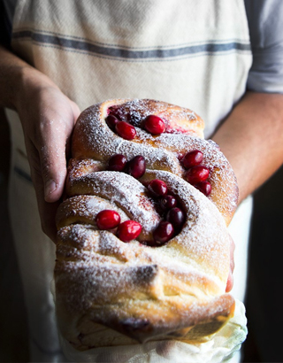 Christmas Morning Cranberry Bread