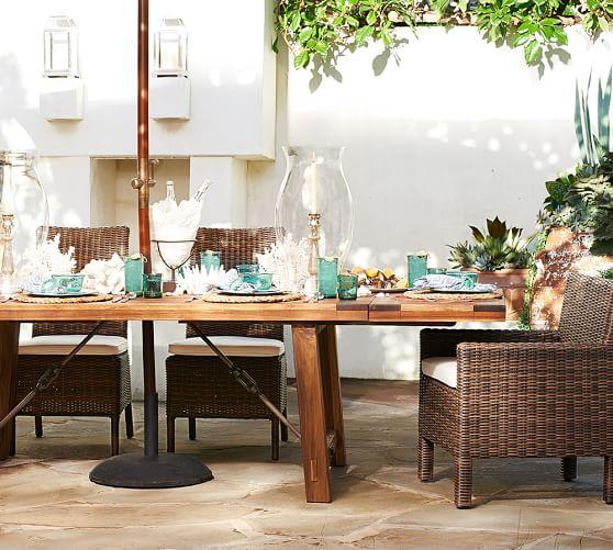 Benchwright Outdoor Rectangular Extending Dining Table