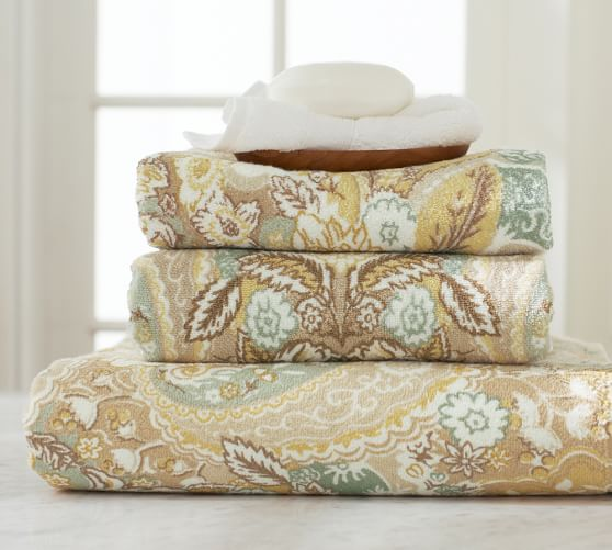 Celeste Damask Bath Towel, Multicolor