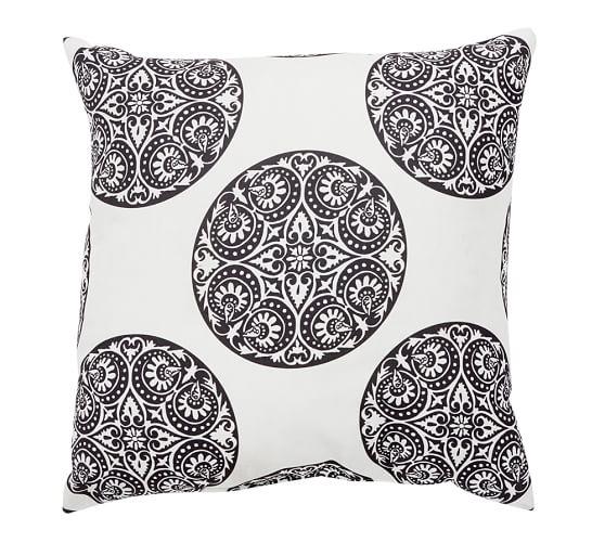 Greta Medallion Outdoor Pillow Cover, 20
