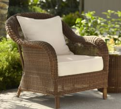 Traditional Wicker Set Offers Modern Durable N Dura Resin For Outdoor