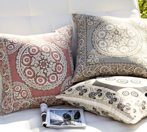 Elsa Mosaic Outdoor Pillow, 24