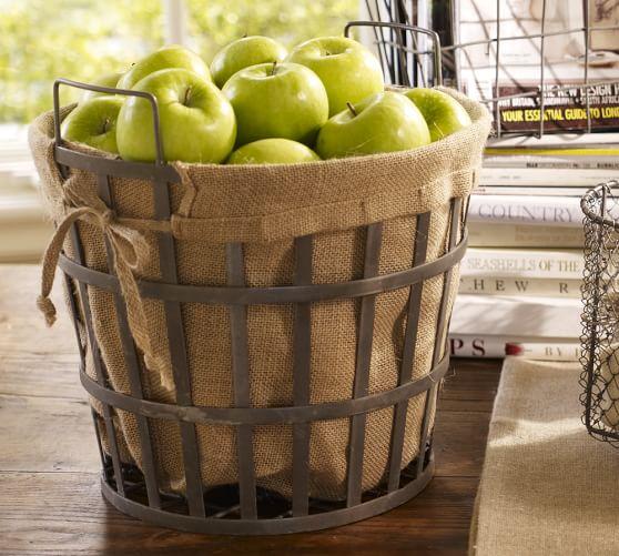 Wire Bushel Basket with Liner