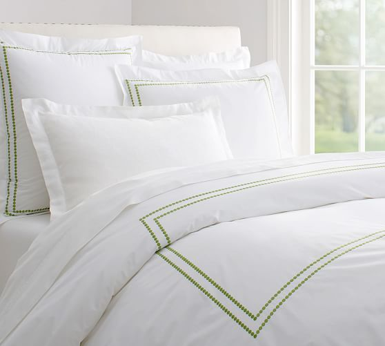 Pearl Embroidered 280-Thread-Count Duvet Cover, Full/Queen, Green Apple