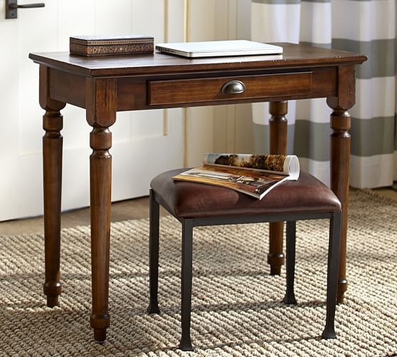Printer 39 s writing desk small pottery barn for Petite table ordinateur