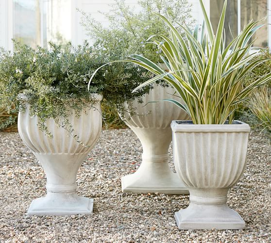 how to make christmas planters in urn