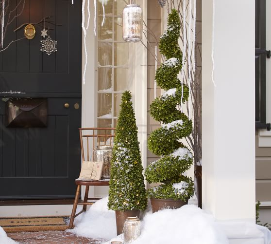 Front Door Topiary: Indoor/Outdoor Lit LED Boxwood Topiary