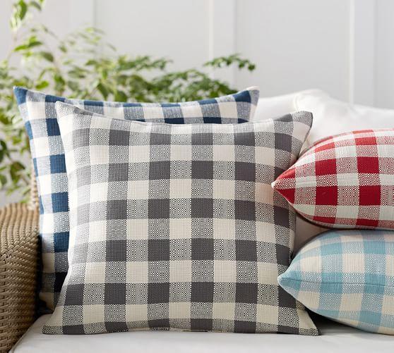 Gingham Indoor/Outdoor Pillow