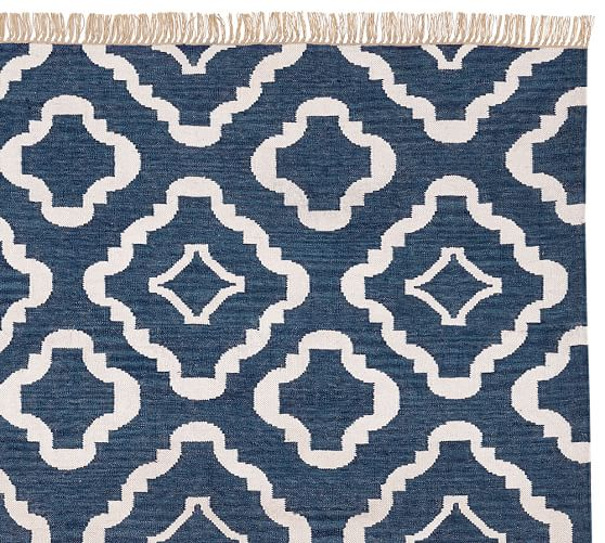 Lily Recycled Yarn Indoor Outdoor Rug Navy Blue